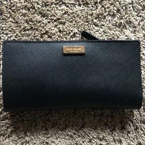 Black Kate Spade Bi-gold Wallet